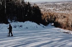 Skiing - Poley Mountain